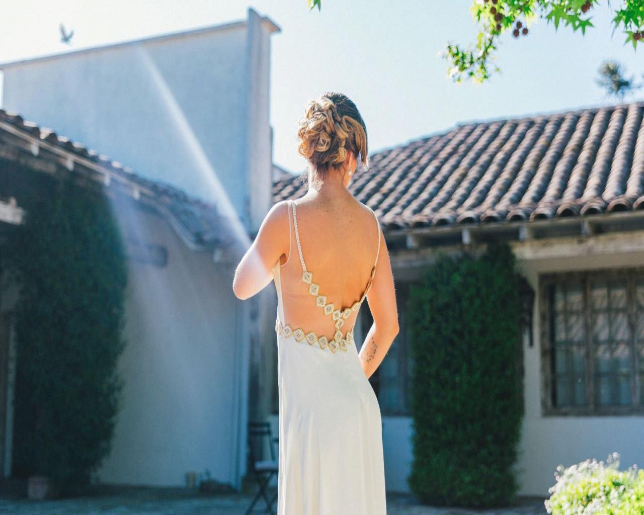 Showroom de vestidos y trajes de boda usados | Mi Vestido
